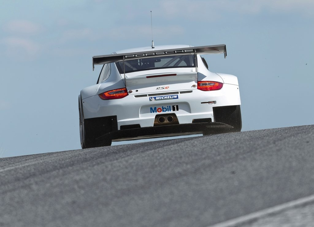 2012 Porsche 911 GT3 RSR Rear (View 3 of 6)