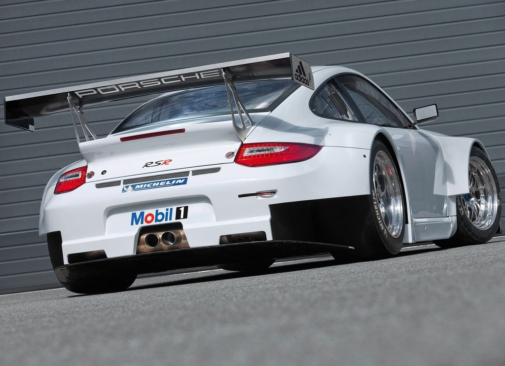 2012 Porsche 911 GT3 RSR Rear (View 6 of 6)