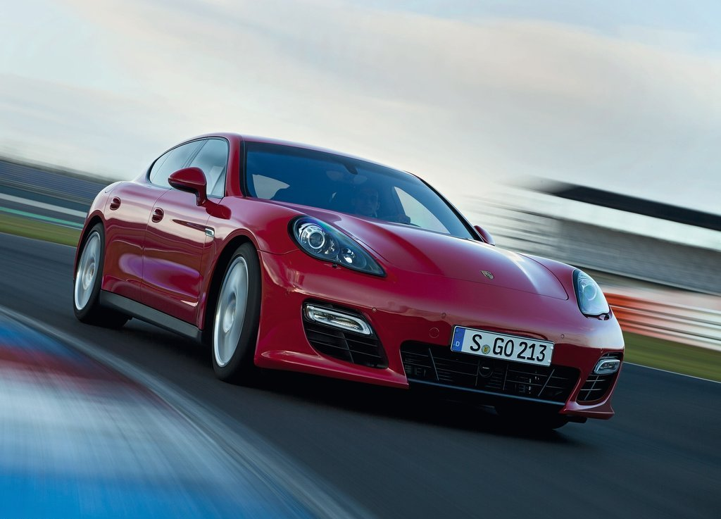 2012 Porsche Panamera GTS (Photo 1 of 7)