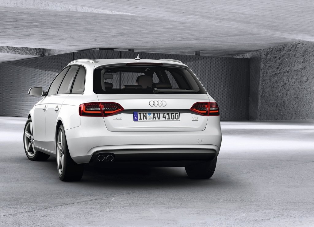 2013 Audi A4 Avant Rear (Photo 6 of 7)