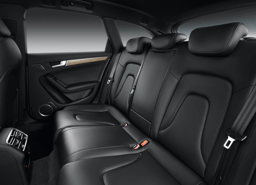 2013 Audi A4 Allroad Quattro Interior  (Photo 5 of 9)