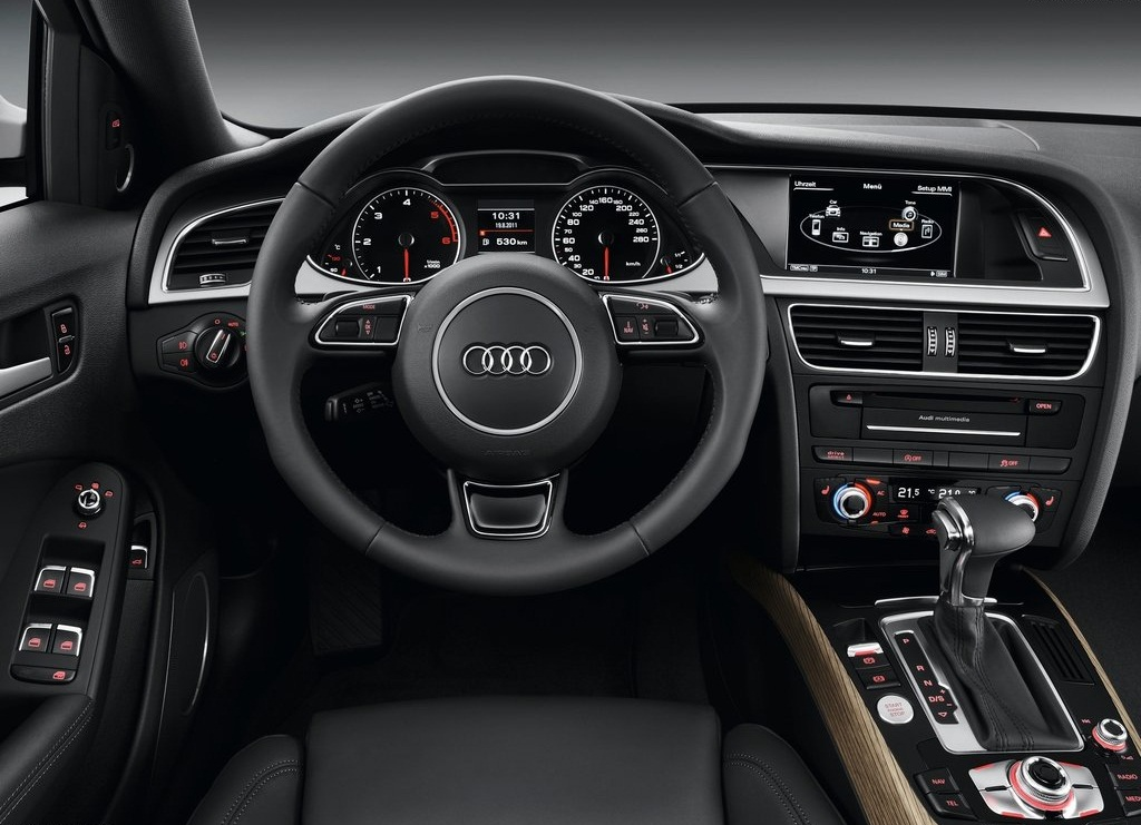 2013 Audi A4 Allroad Quattro Interior (Photo 4 of 9)