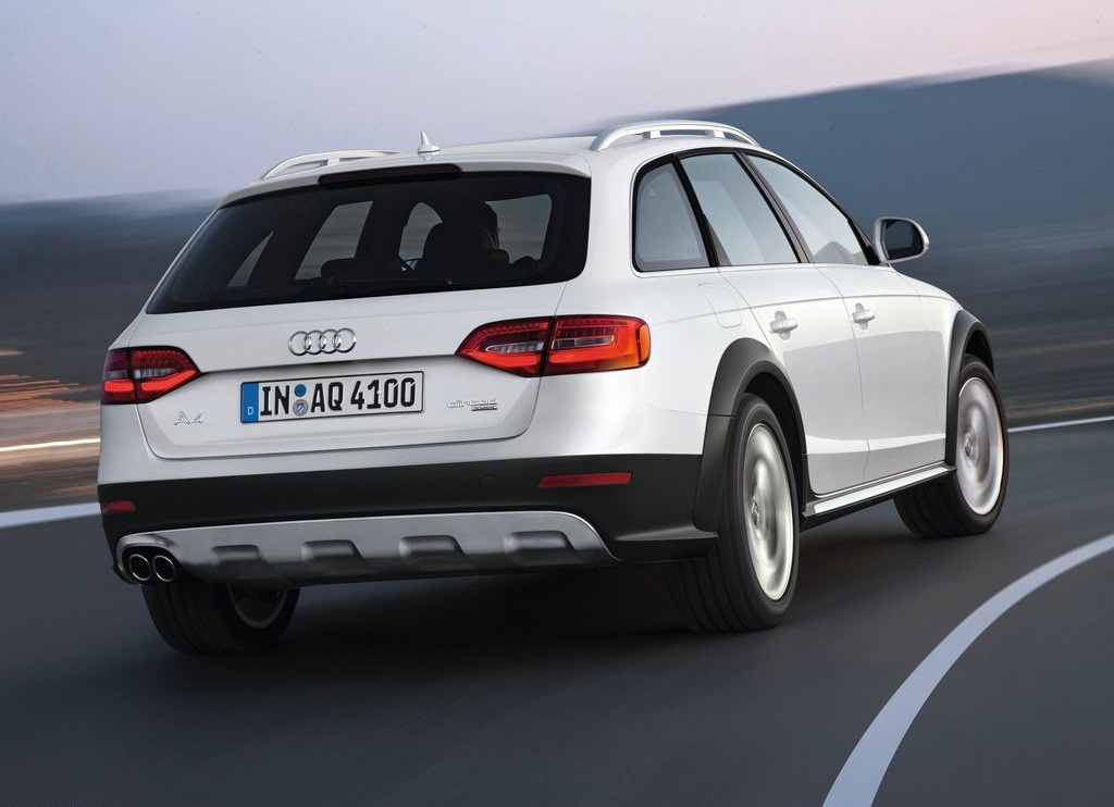 2013 Audi A4 Allroad Quattro Rear (Photo 7 of 9)