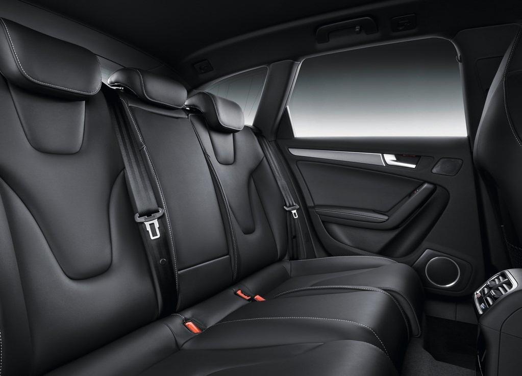 2013 Audi S4 Avant Interior (Photo 3 of 7)