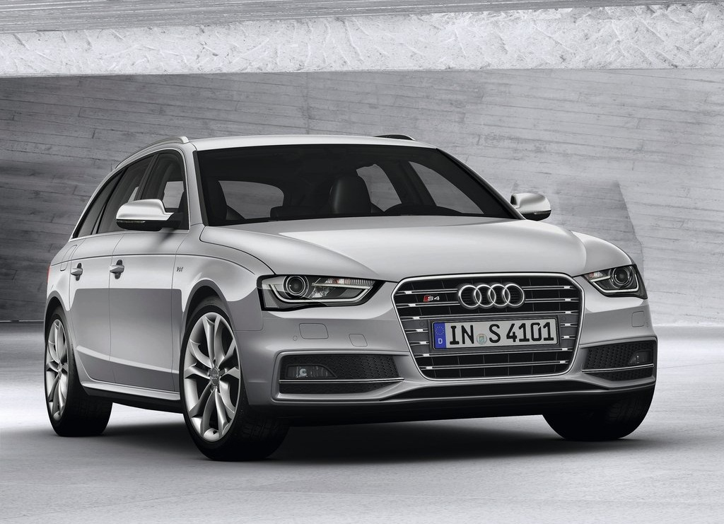 Featured Image of 2013 Audi S4 Avant Elegant Emotional Sporty