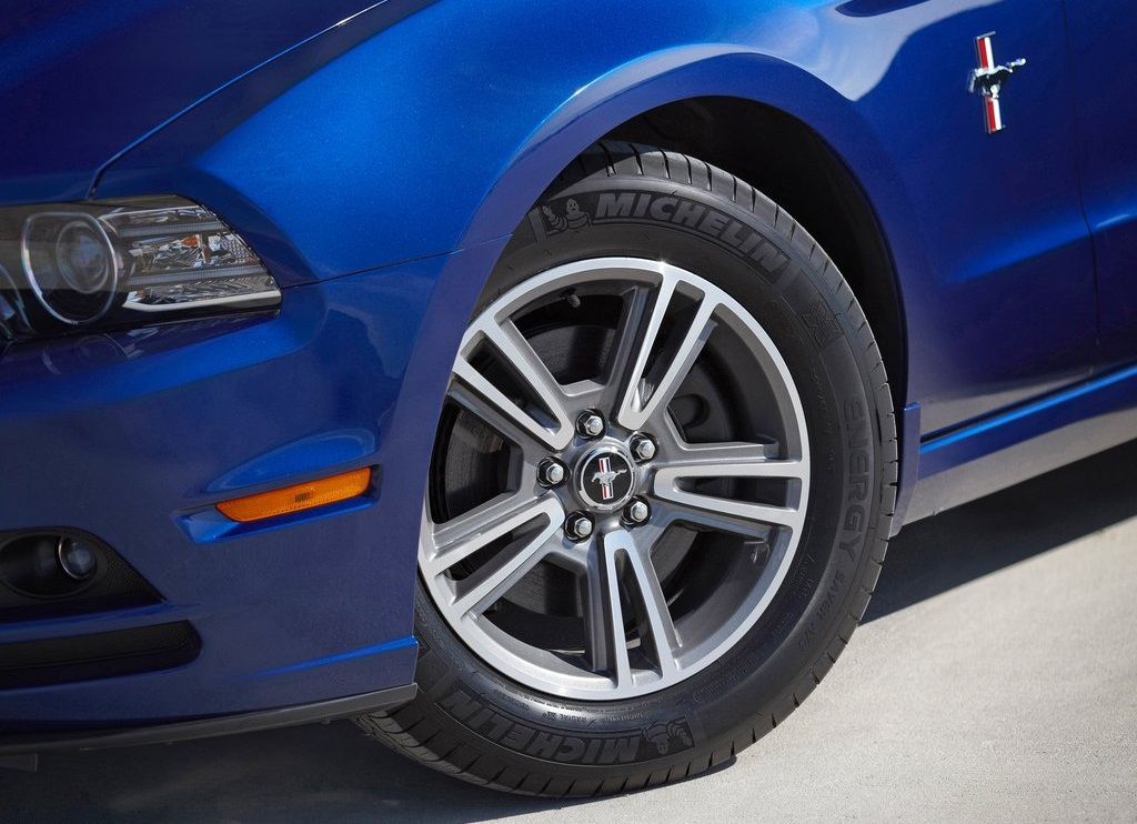 2013 Ford Mustang Wheels (View 6 of 6)