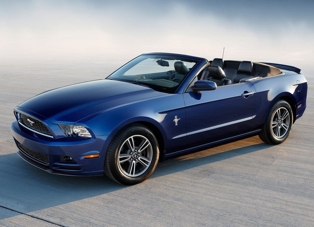 Featured Image of 2013 Ford Mustang Aggressive Car Review