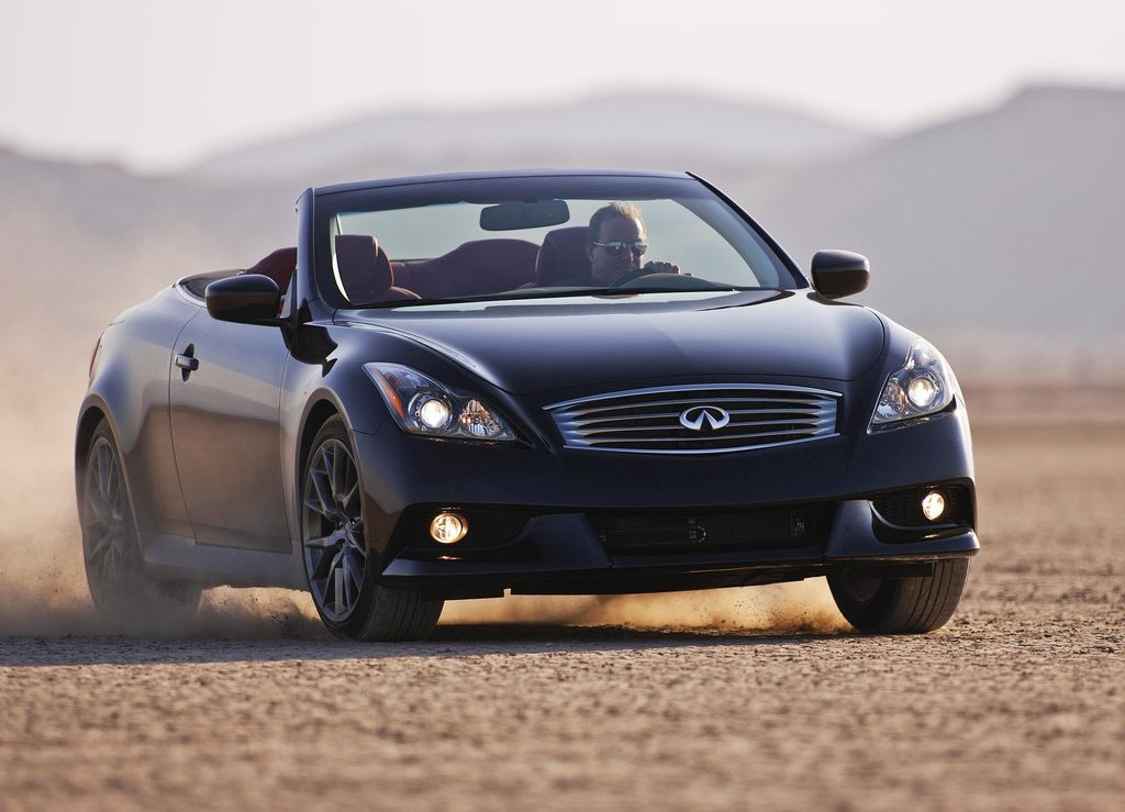 2013 Infiniti IPL G Convertible (Photo 1 of 9)