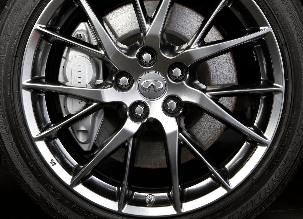 2013 Infiniti JX Wheels (Photo 9 of 9)