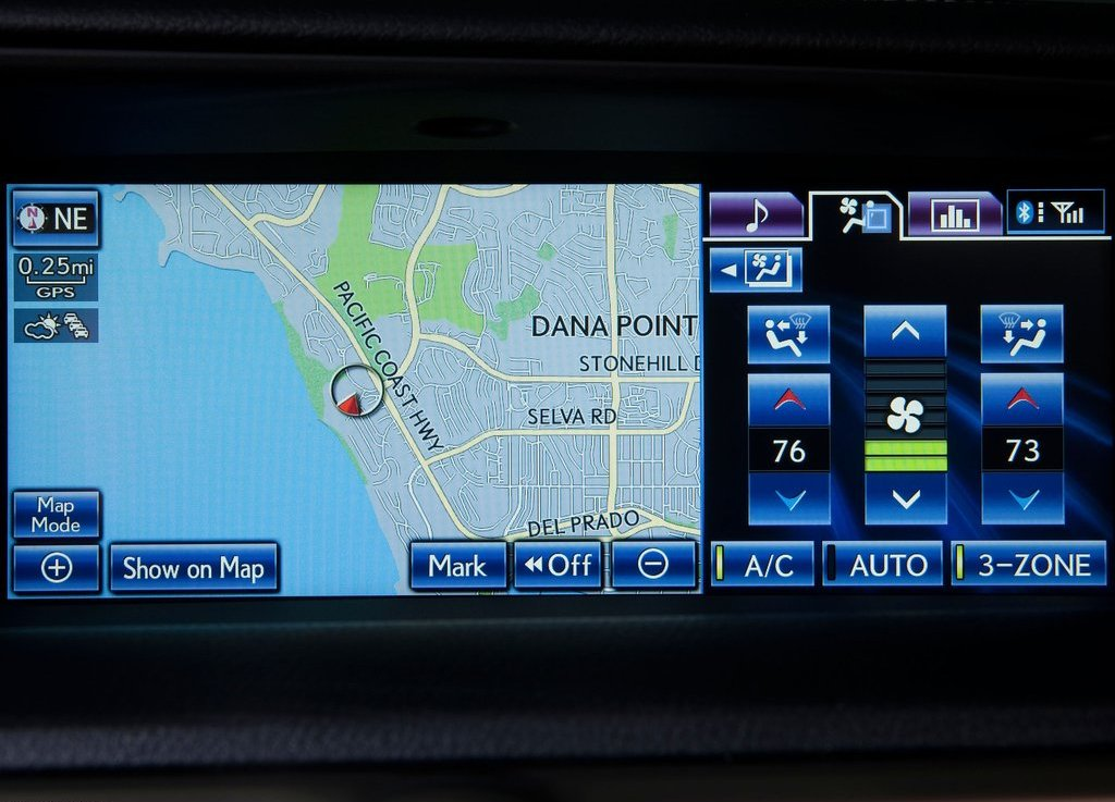 2013 Lexus GS 450h Screen (Photo 10 of 10)
