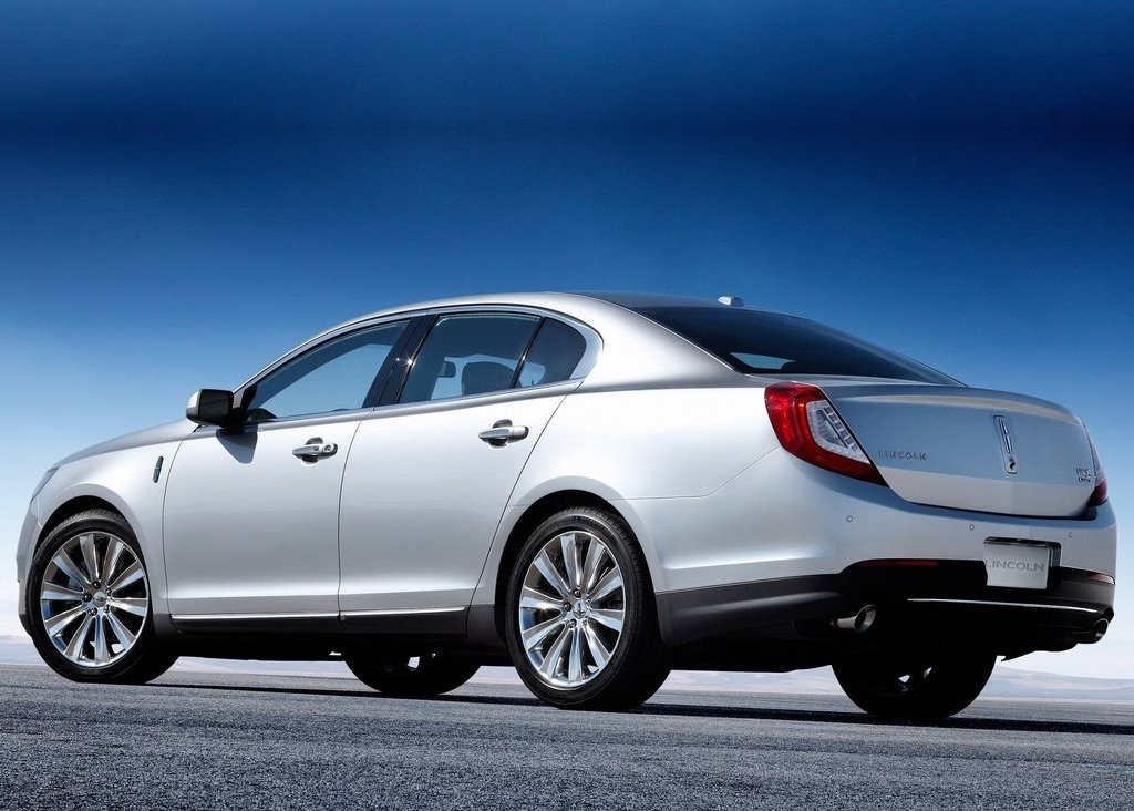 2013 Lincoln MKS Left Side (Photo 5 of 8)