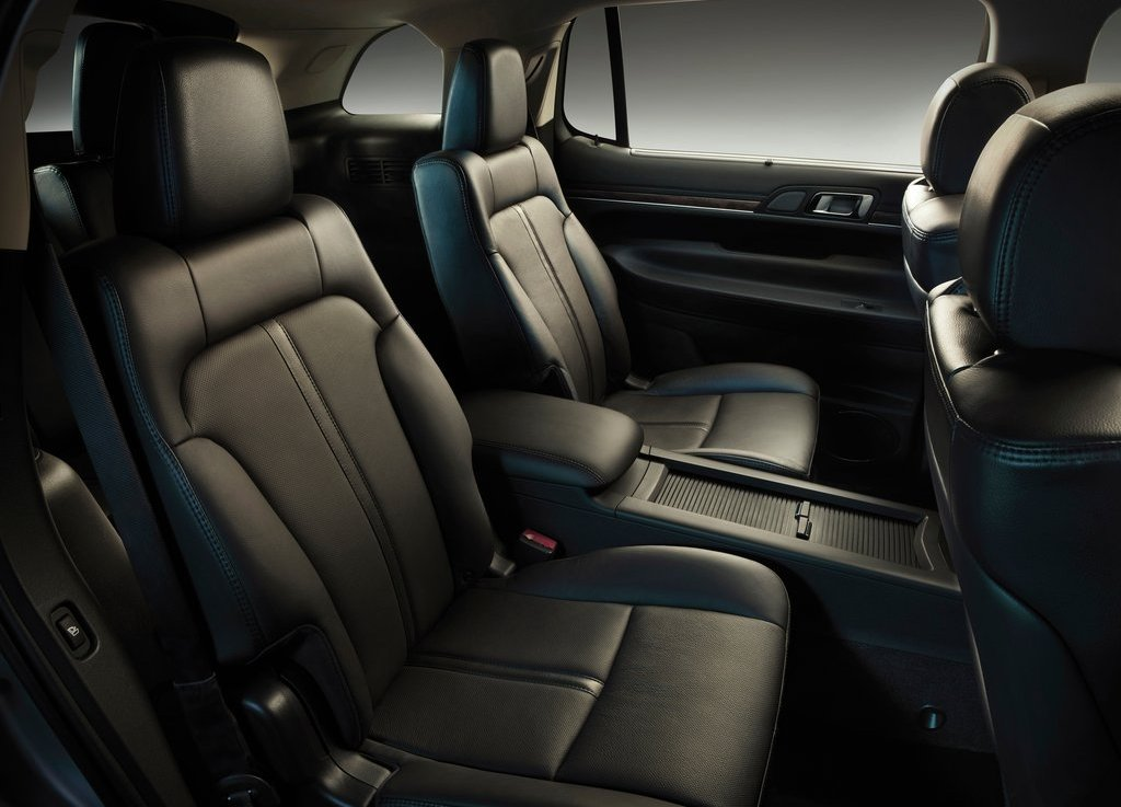 2013 Lincoln MKT Seat (View 6 of 9)