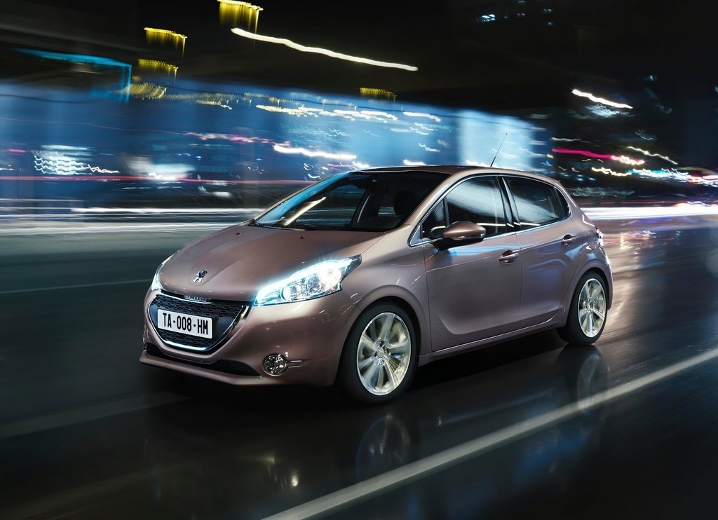 2013 Peugeot 208 (View 4 of 7)