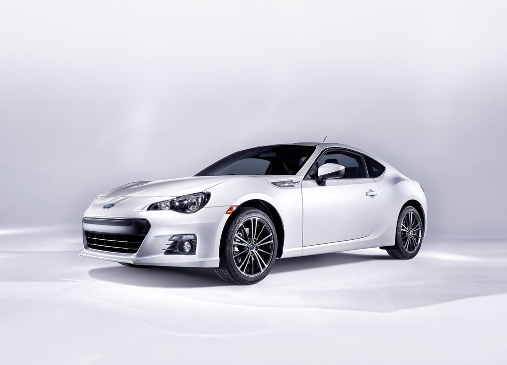 Featured Image of 2013 Subaru BRZ Review