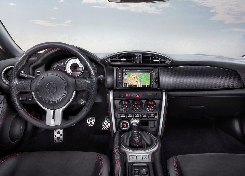2013 Toyota GT 86 Interior (Photo 3 of 7)
