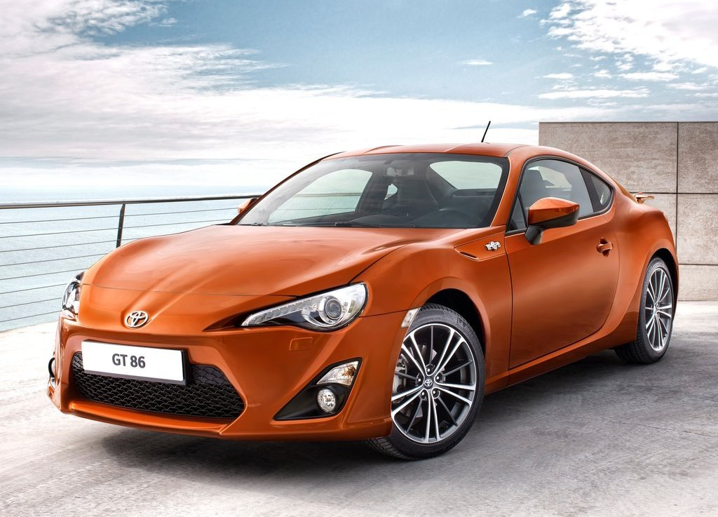 Featured Image of 2013 Toyota GT 86 Review