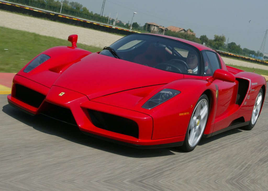 2002 Ferrari Enzo Front Angle (Photo 5 of 11)