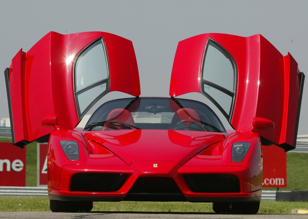 2002 Ferrari Enzo Front (Photo 4 of 11)