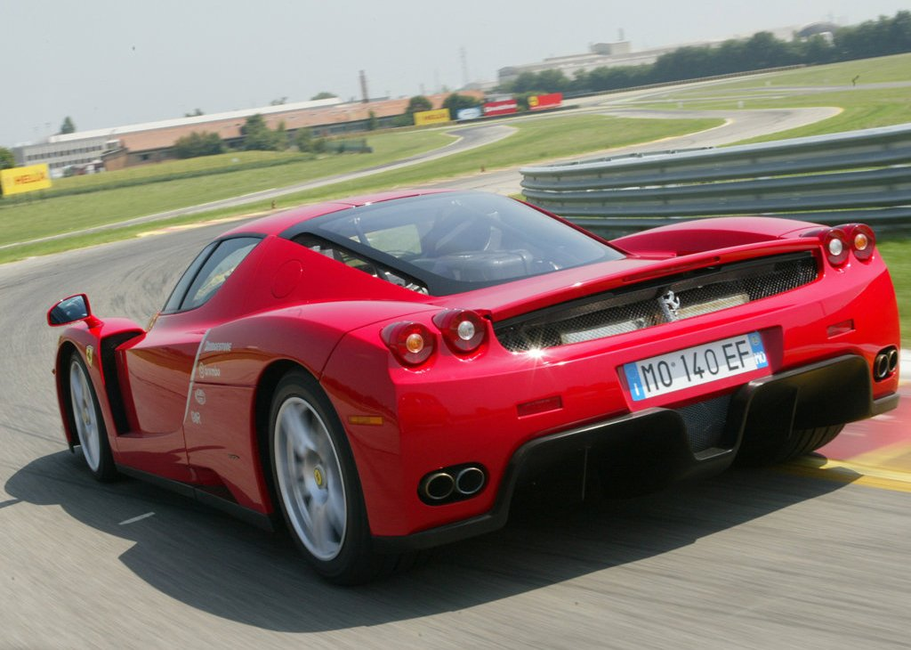 2002 Ferrari Enzo Rear (Photo 9 of 11)