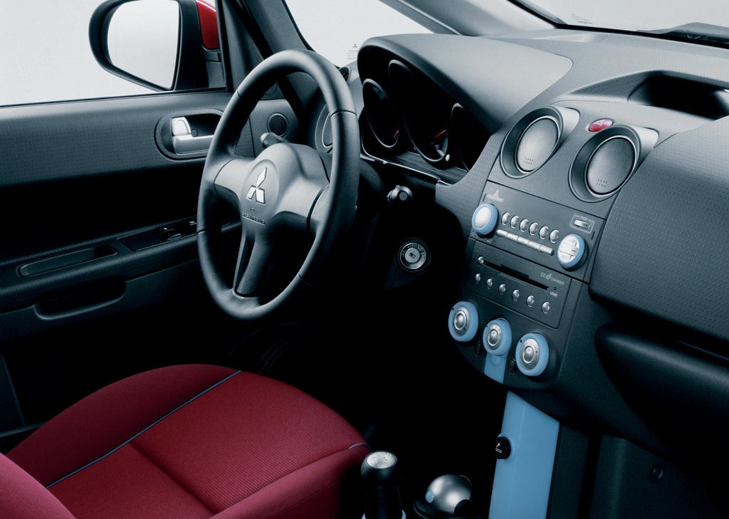 2005 Mitsubishi Colt CZ3 Seat (Photo 7 of 9)