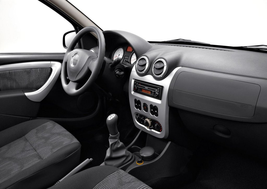 2009 Dacia Sandero Interior (Photo 5 of 9)