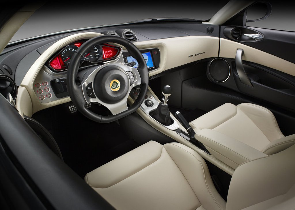 2010 Lotus Evora Interior (View 3 of 11)