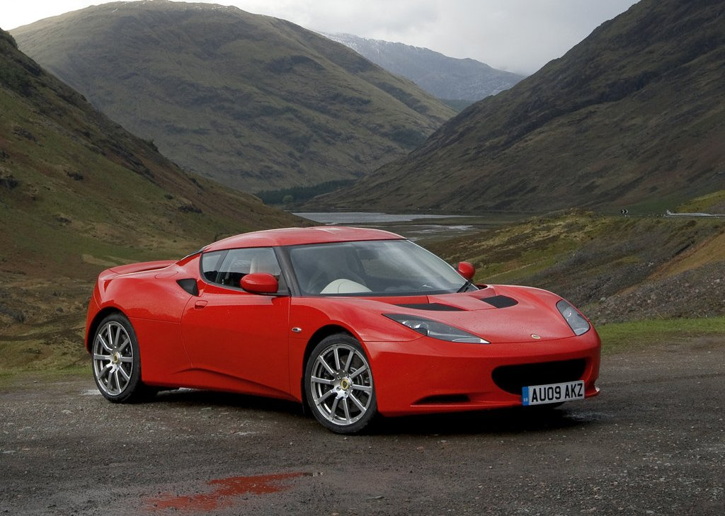 Featured Image of 2010 Lotus Evora Review