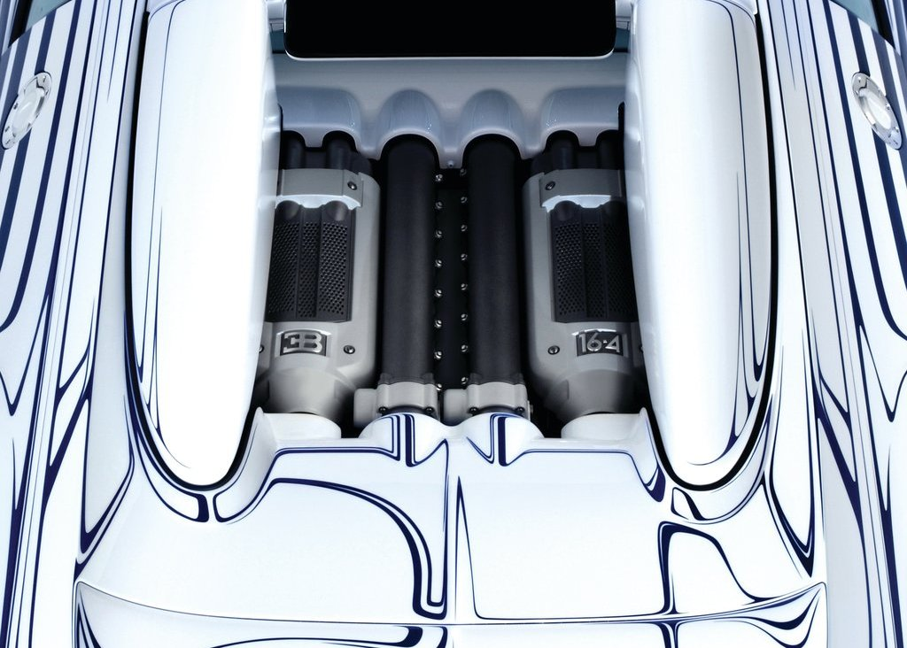 2011 Bugatti Veyron Grand Sport LOr Blanc Engine (View 1 of 8)