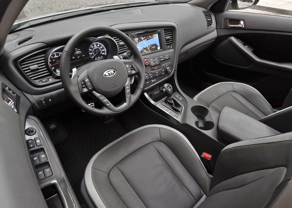 2011 Kia Optima Interior (View 5 of 9)