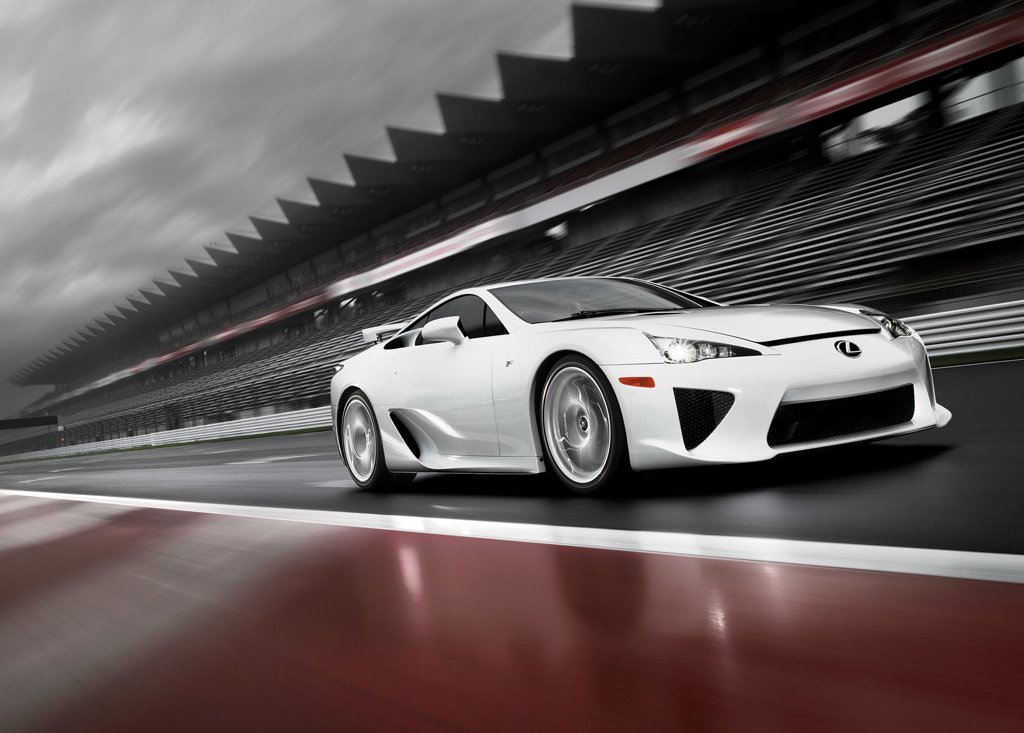2011 Lexus LFA Front Angle (Photo 7 of 10)