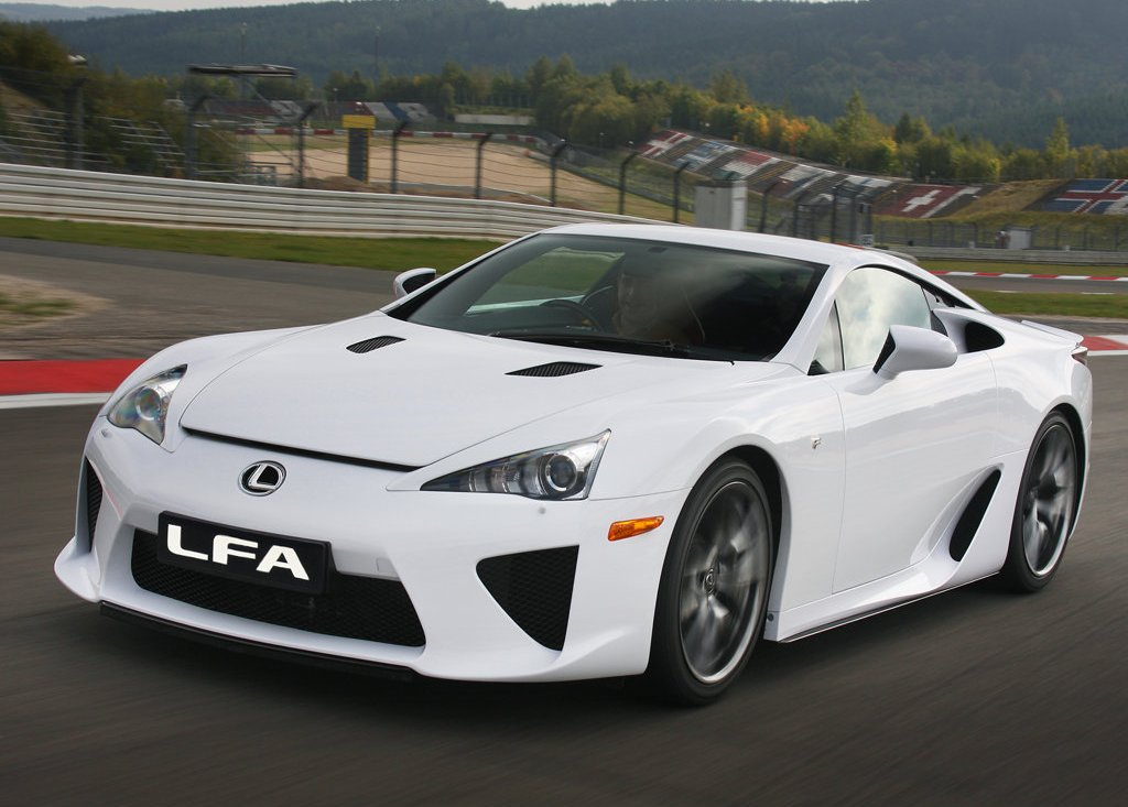 2011 Lexus LFA Front (Photo 6 of 10)