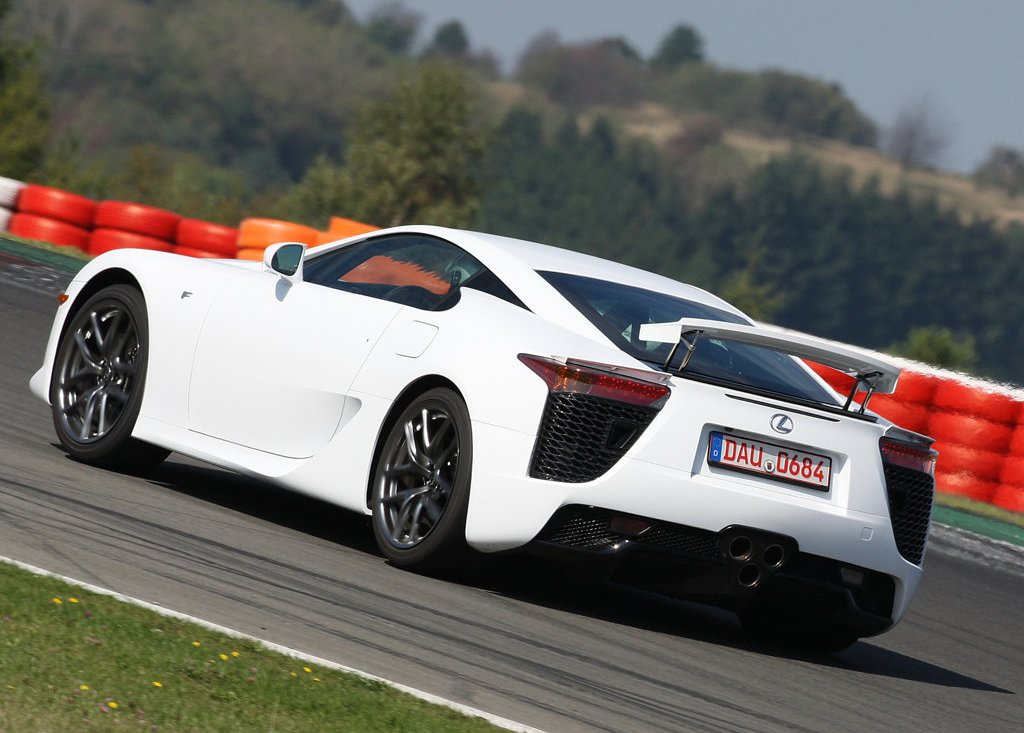 2011 Lexus LFA Rear (Photo 9 of 10)