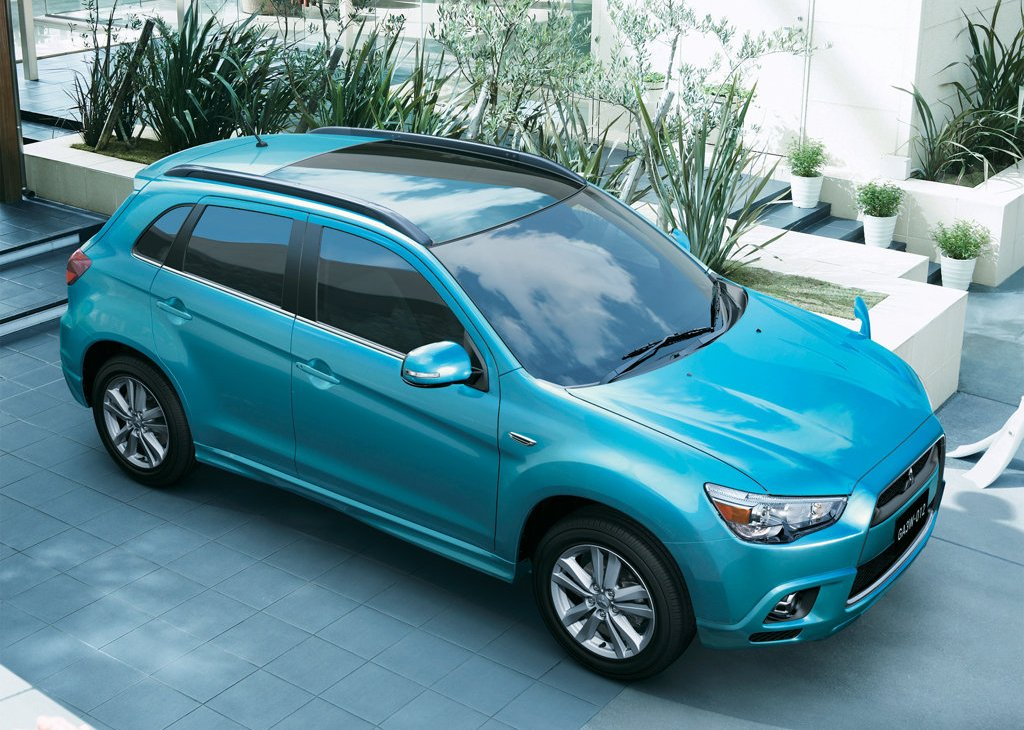 2011 Mitsubishi RVR Top (Photo 9 of 9)