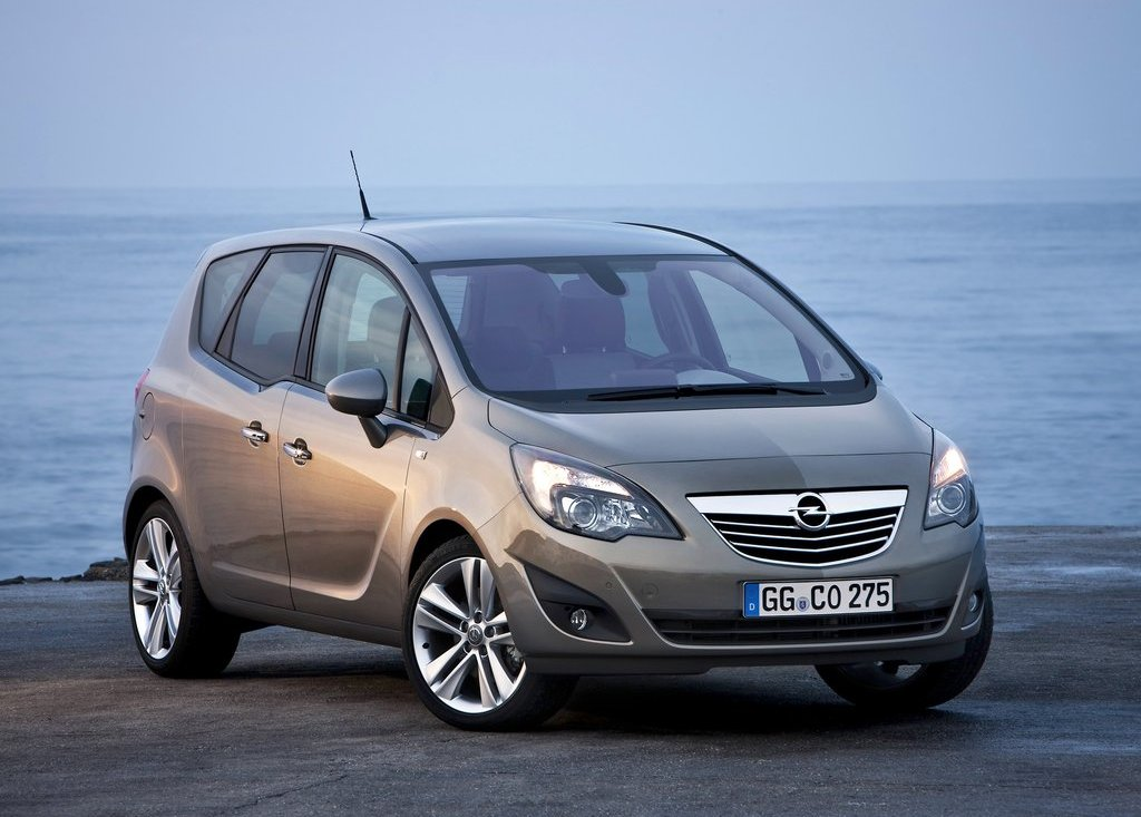 Featured Image of 2011 Opel Meriva Review