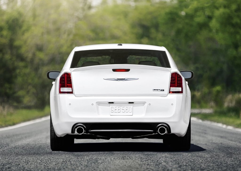 2012 Chrysler 300 SRT8 Rear (Photo 7 of 9)