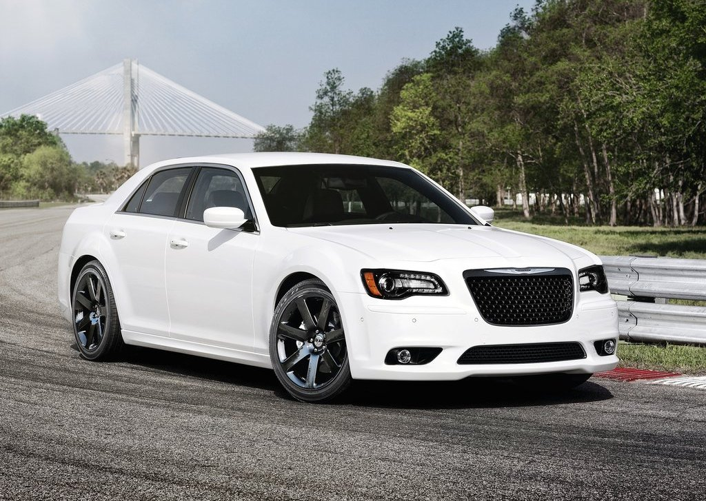 2012 Chrysler 300 SRT (Photo 1 of 9)