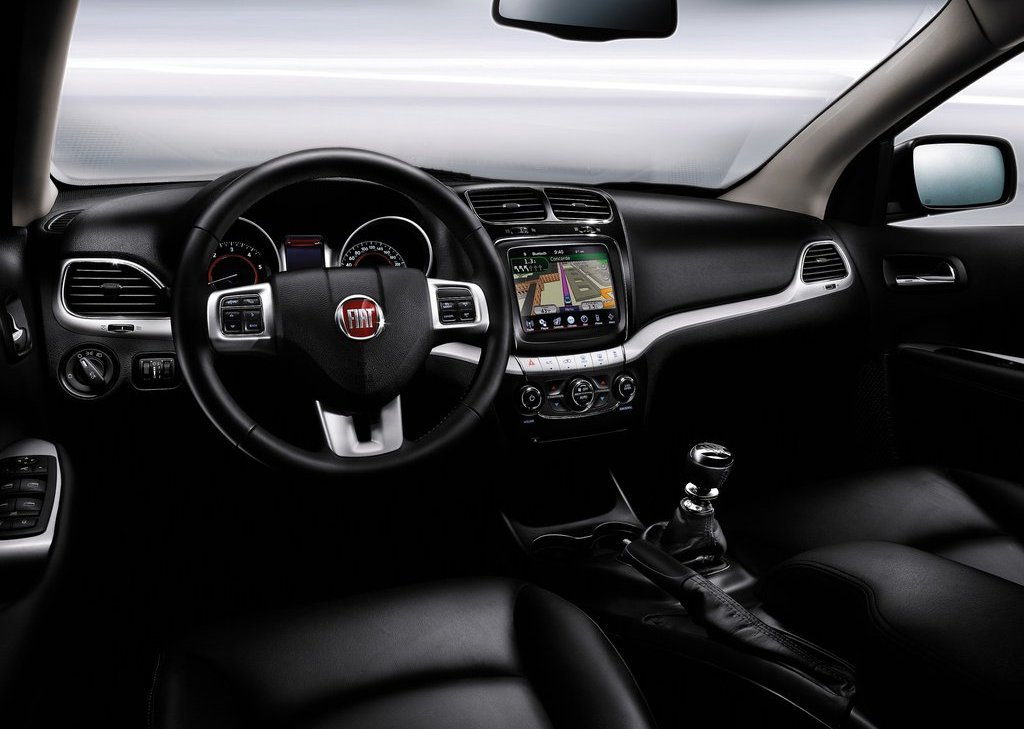2012 Fiat Freemont Interior (View 6 of 11)