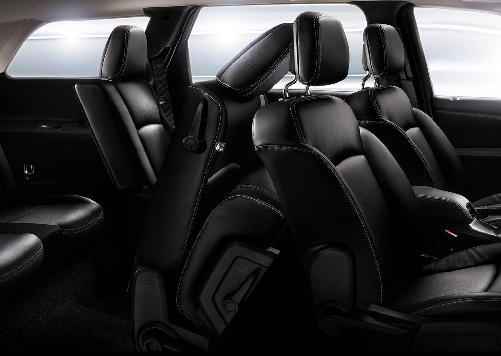 2012 Fiat Freemont Seat (View 7 of 11)