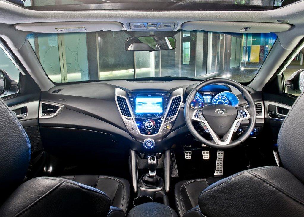 2012 Hyundai Veloster Interior (View 7 of 13)