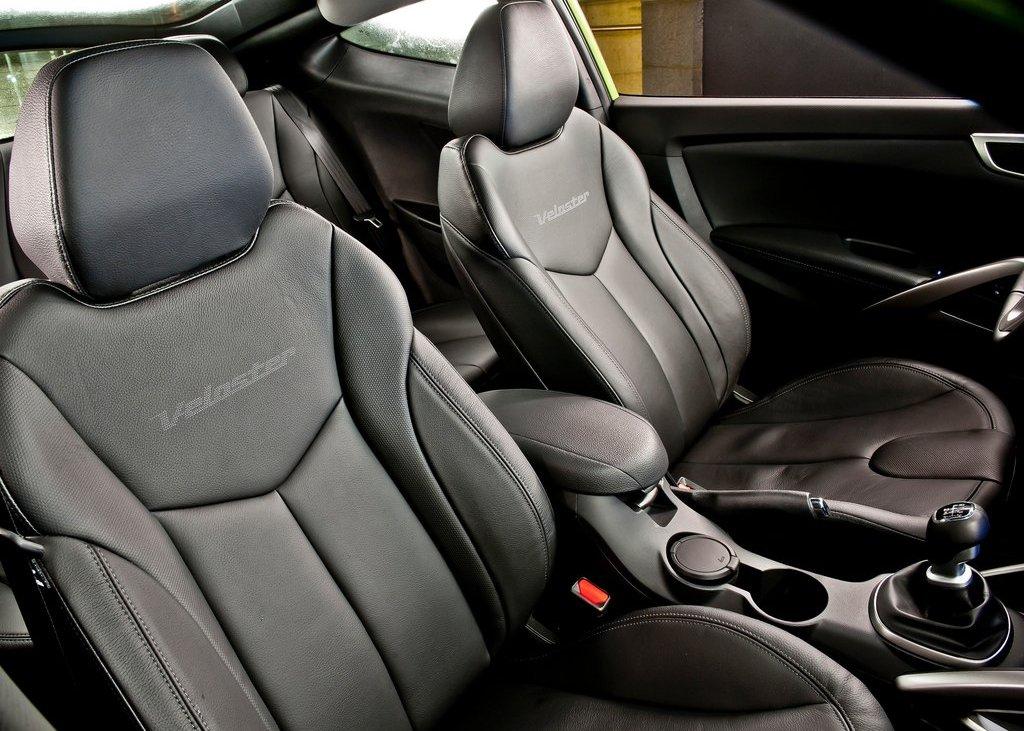 2012 Hyundai Veloster Seat (Photo 8 of 13)