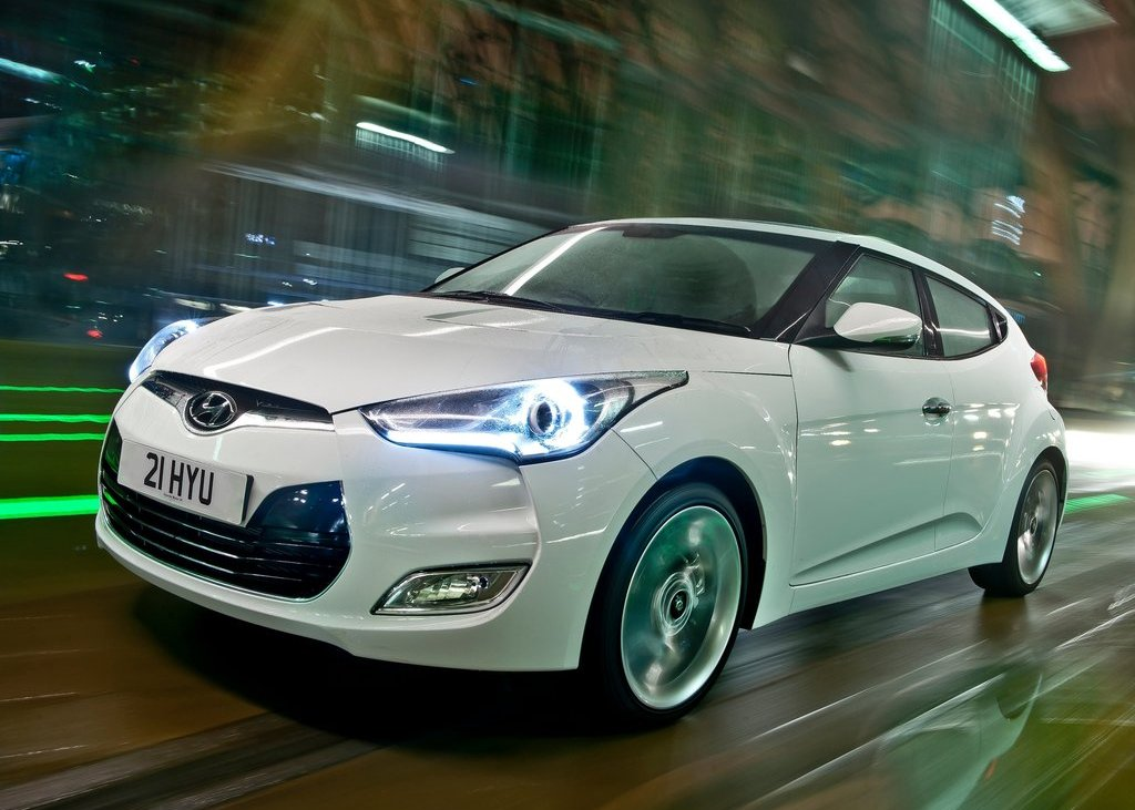 Featured Image of 2012 Hyundai Veloster Review