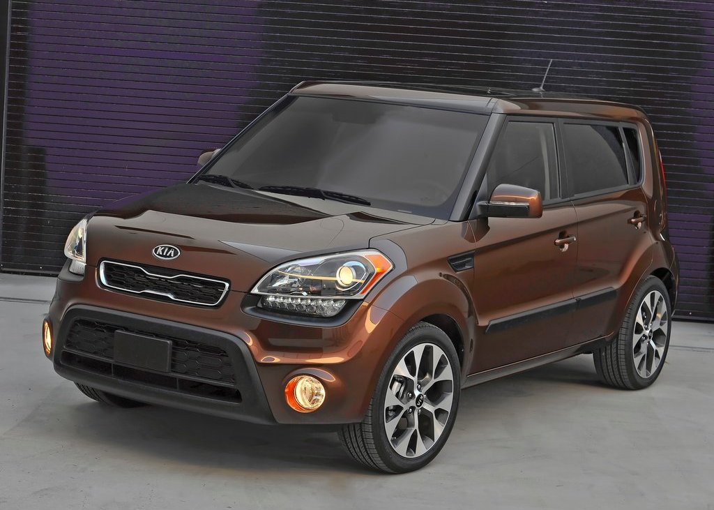 2012 Kia Soul Front (Photo 3 of 9)
