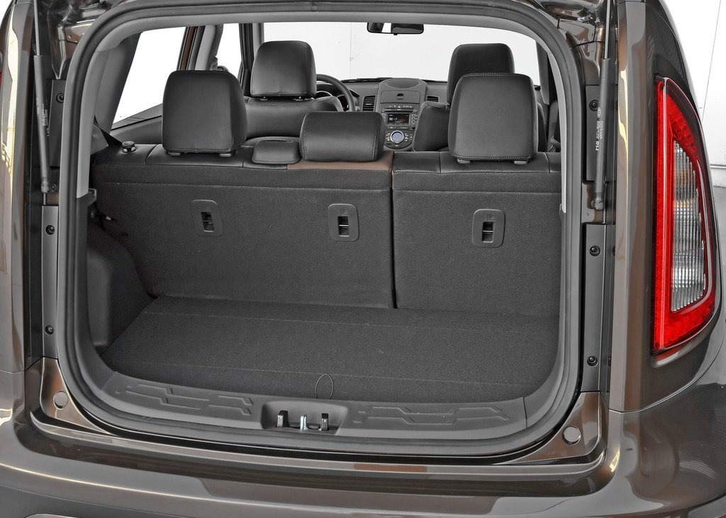 2012 Kia Soul Trunk (Photo 8 of 9)