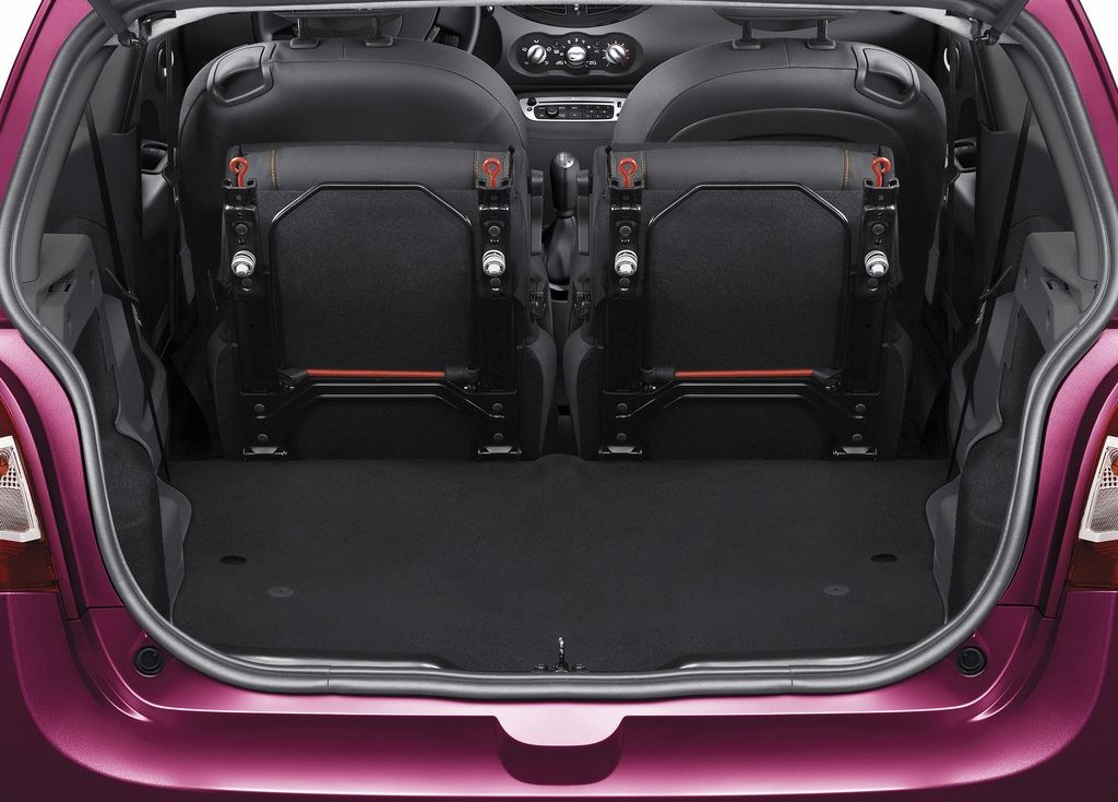 2012 Renault Twingo Trunk (Photo 9 of 9)