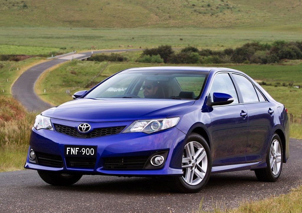 Featured Image of 2012 Toyota Camry AU Version Review