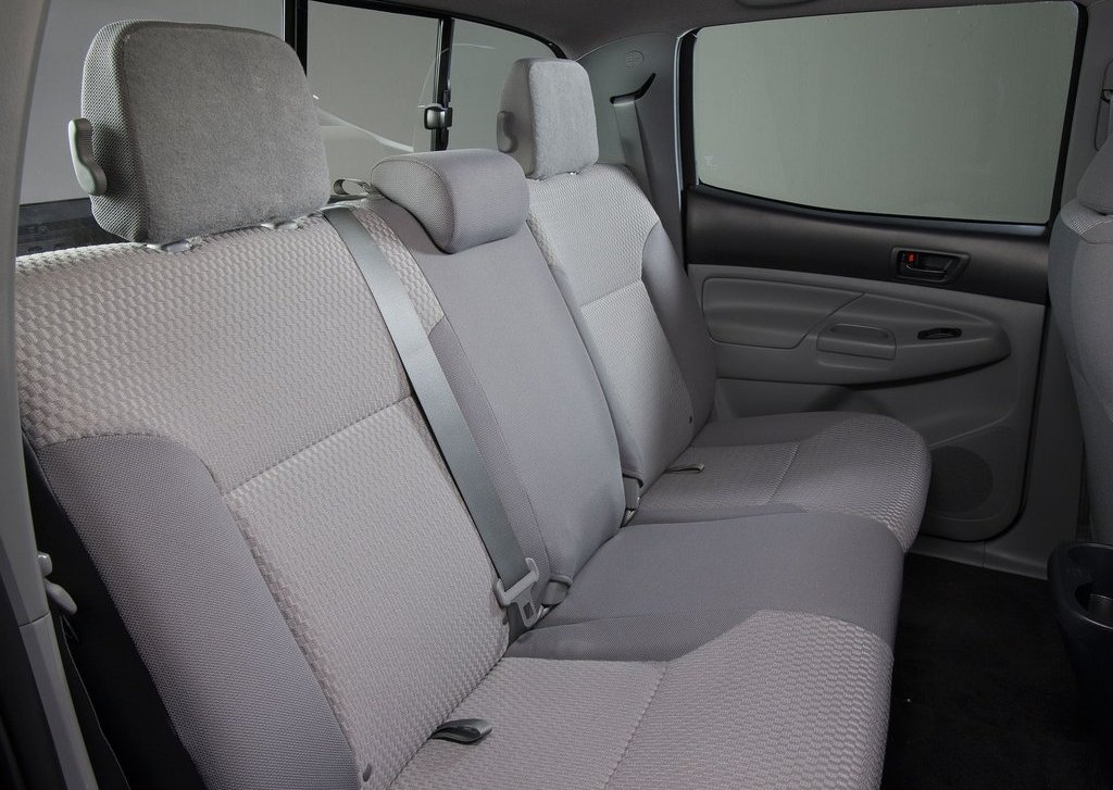 2012 Toyota Tacoma Seat (Photo 8 of 10)