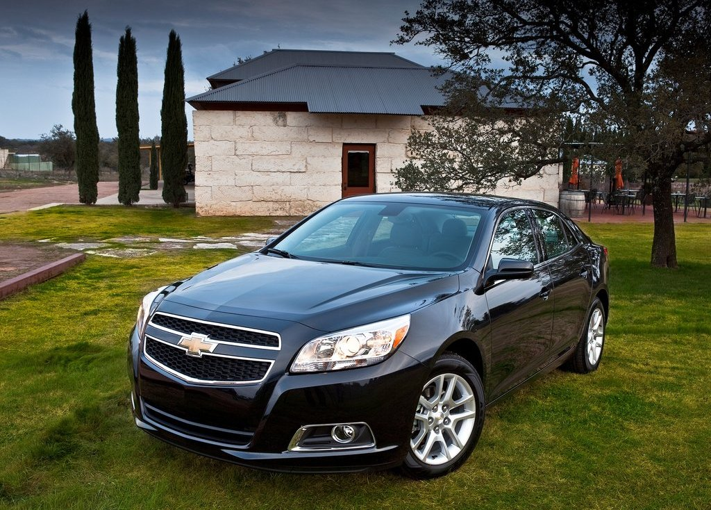 2013 Chevrolet Malibu ECO Front (Photo 4 of 9)