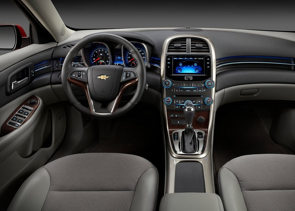 2013 Chevrolet Malibu ECO Interior (Photo 6 of 9)