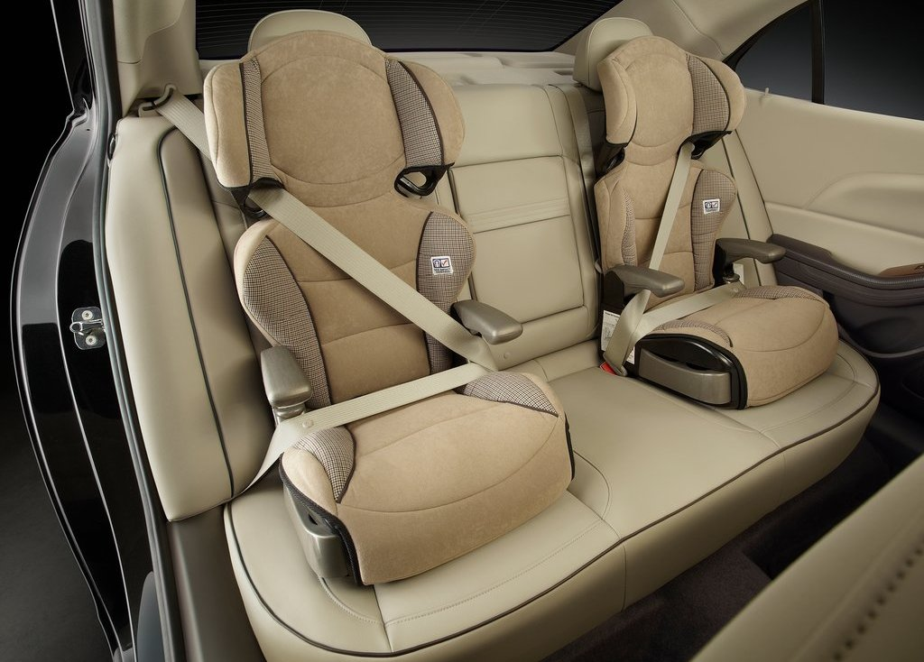 2013 Chevrolet Malibu ECO Seat (Photo 8 of 9)