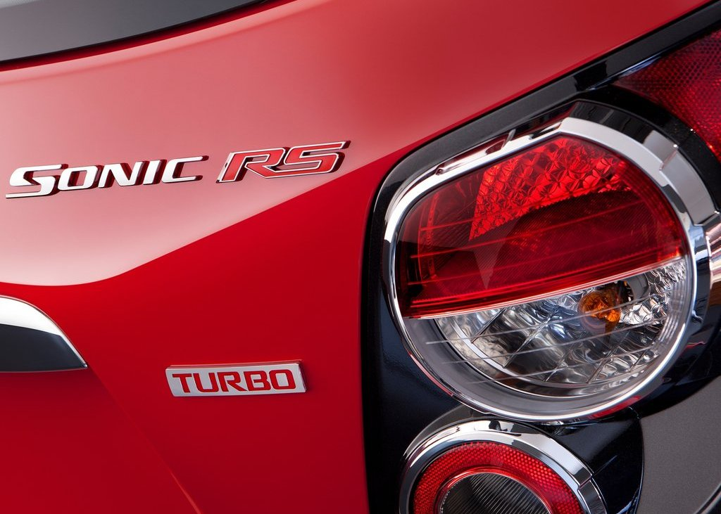 2013 Chevrolet Sonic RS Tail Lamp (View 5 of 27)